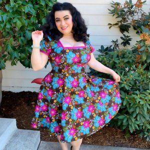 Heart of Haute Irene Dress in Coco Dahlia 2X Pinup